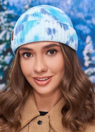 Короткая шапка бини в расцветке тай-дай (синий + голубой)