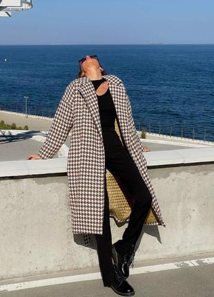 Стильное зимнее пальто, пальто на утеплителе