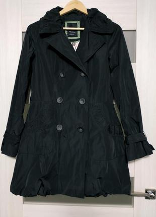 Пальто плащ черное на пуговицах