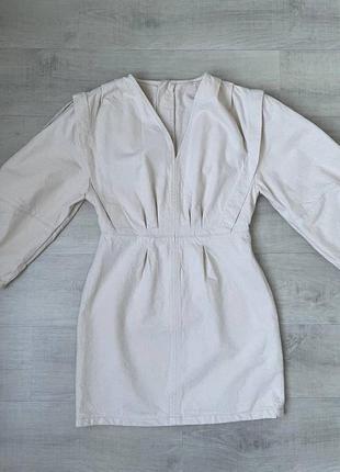 Белое джинсовое платье