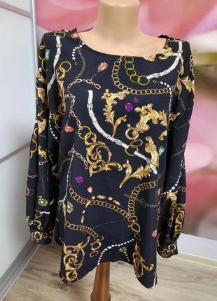 Красивая блузка с рукавами бохо