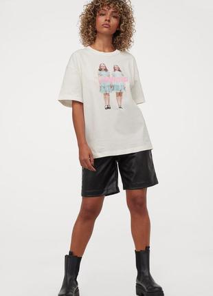 Футболка в принт, футболка оверсайз с принтом трендовая, белая футболка оверсайз, футболка oversize.