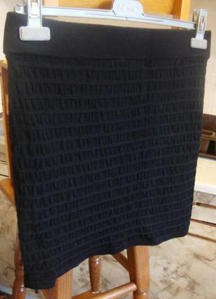 Юбка черная теплая плотная размер s/м 95 котон, 5%эластан