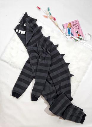 Флисовая комбез-пижама на 11-12 лет, состояние одеальное