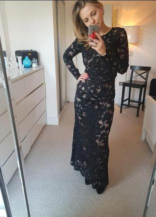 Длинное кружевное вечернее платье h&m с нюдовой подкладкой.