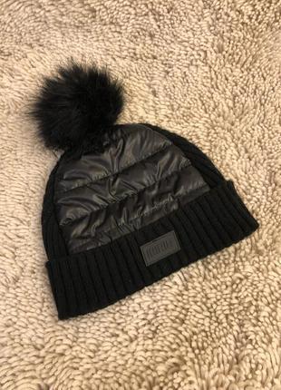 Стильная шапка дутик