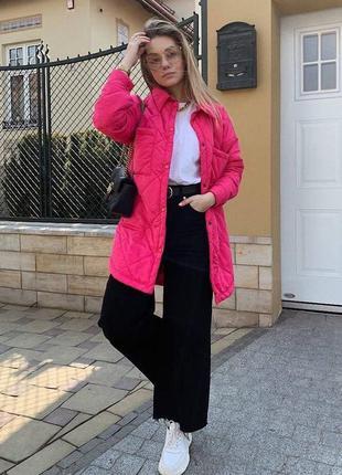 Розовая стеганная куртка рубашка на кнопки без капюшона