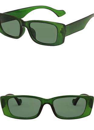 Тренд новые солнцезащитные очки узкие зелёные окуляри сонцезахисні нові зелені вузькі