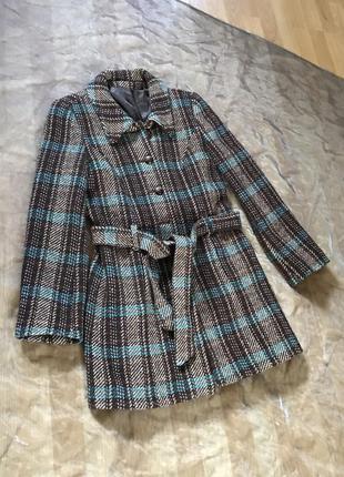 Bay. модное тёплое пальто в клеточку с поясом, шерсть