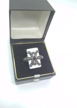Античное, средневековое серебряное кольцо с перламутром