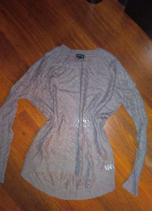 Ажурный свитерок с удлиненной спинкой