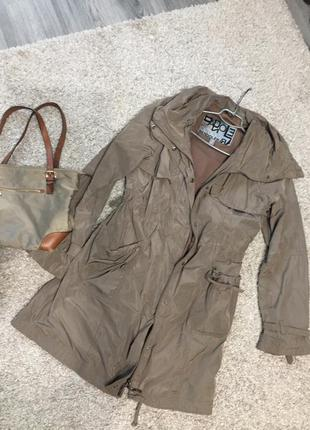 Классная куртка/ пальто/ плащ цвета хаки bandolera