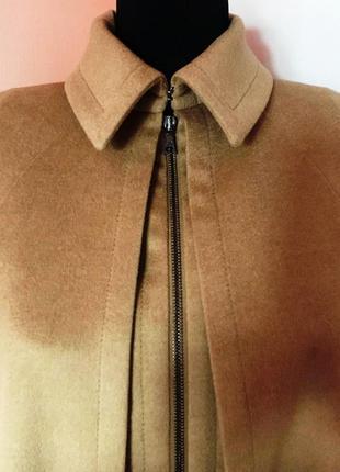 """Кейп-куртка-camel с жилетом от """"richmond"""" легенда и """"маст хев"""" осеннего гардероба"""