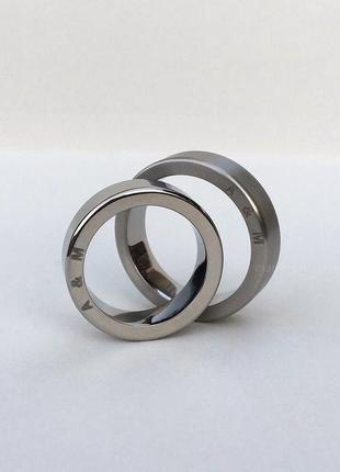 Кольца из титана с гравировкой