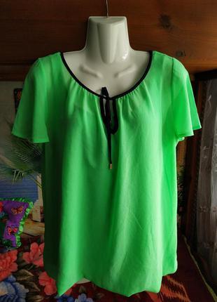 Нежно-салатовая блуза 44-46 р