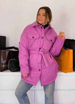 Яркая розовая куртка в стиле рубашки