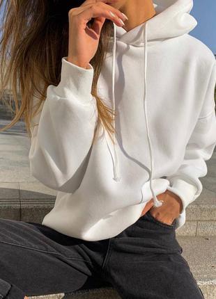 Белое универсальное женское худи с капюшоном