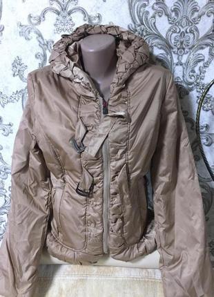 Шикарная фирменная куртка