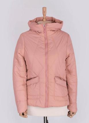 Стильная розовая пудра персиковая осенняя деми куртка с капюшоном короткая