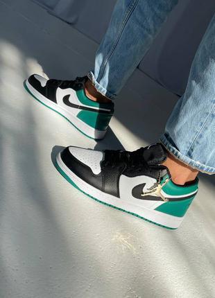 Мужские кроссовки nikr air jordan 1 retro low green