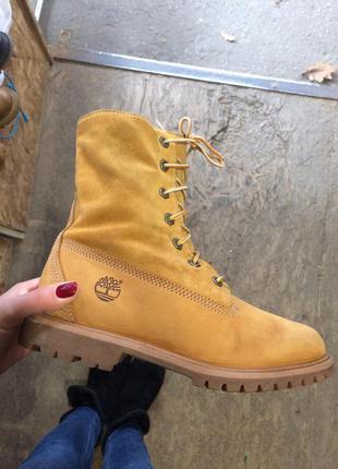 На меху ботинки timberland 38 р идеальные