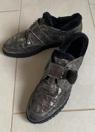 Ботинки демисезонные на цигейке размер 41