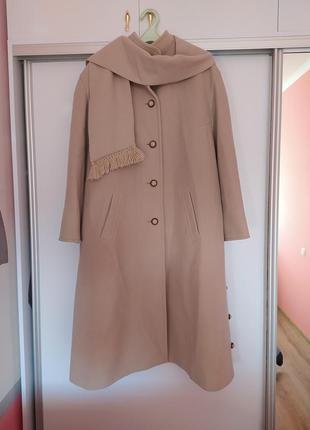 Красивое шерстяное пальто hanke berlin