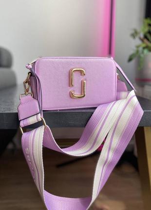 Яркая сумка кроссбоди marc jacobs violet ll