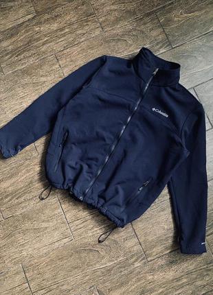 Очень качественная термо куртка от columbia.  технология omni- heat®