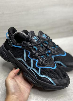 Чоловічі кросівки adidas ozweego