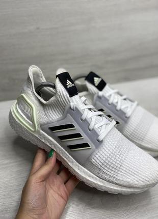 Чоловічі кросівки adidas ultraboost