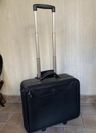 Ручная кладь чемодан кожа