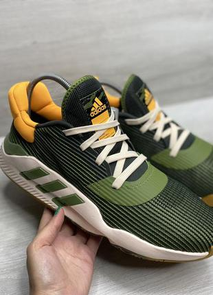 Чоловічі кросівки adidas pro bounce