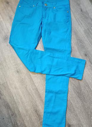 Классные, стильные брюки xs-s collezione