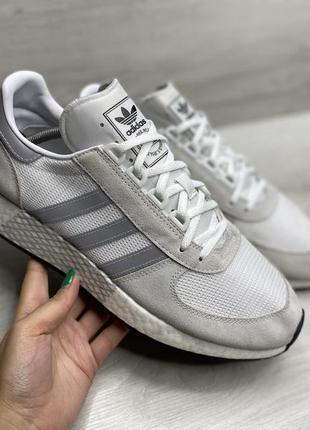 Чоловічі кросівки adidas marathon tech
