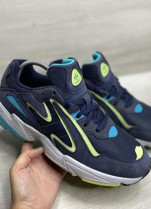 Чоловічі кросівки adidas yung