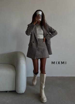 Трендовый костюм  пиджак и юбка принт гусиная лапка в наличии