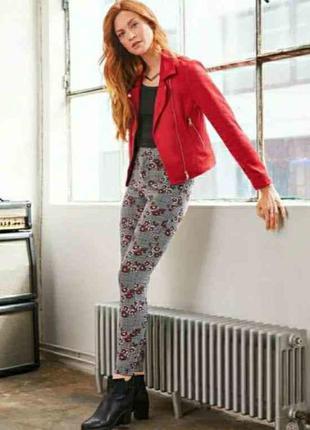 Брюки, штаны, джеггинсы в цветочный принт, 3xl 46 euro, наш 52, esmara