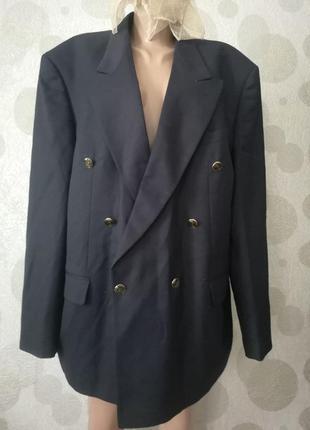 Шерстяной двубортный пиджак