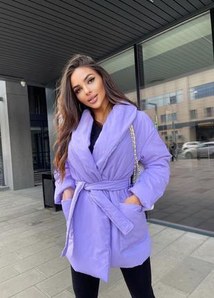 Яркая и тёплая куртка женская тренд