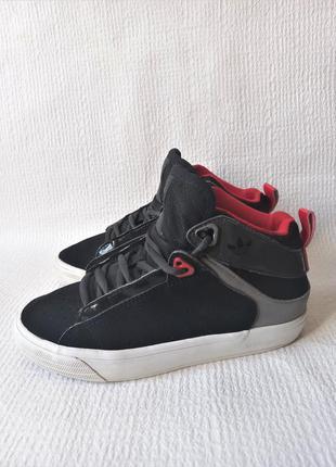 Adidas оригинальные кроссовки 31