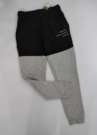 Теплые спортивные штаны на флисе с начесом серо - черные primark 140 см 9 - 10 лет