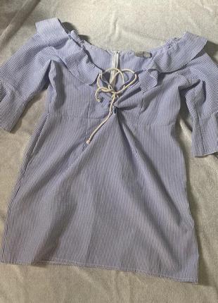 Платье открытые плечи
