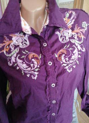 Котоновая рубашка с вышивкой