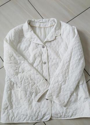 Стьобанная куртка жакет білосніжна великий розмір