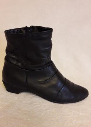 Мега лёгкие кожаные ботинки фирмы tamaris (германия) р. 36 стелька 23,5 см