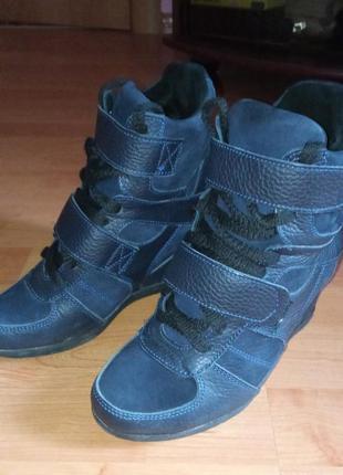 Черевики (ботинки)