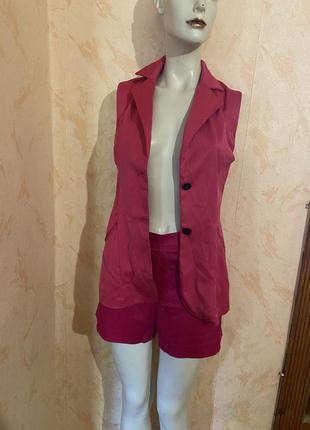 Комплект брюки шорты пиджак без рукавов
