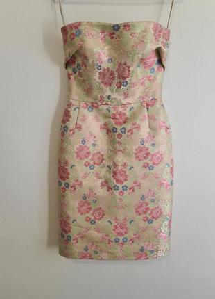 Красивое нарядное платье dolce & gabbana