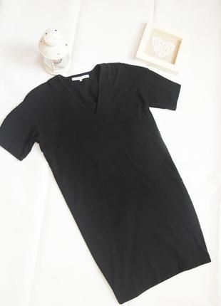 Черное платье оверсайз с коротким рукавом